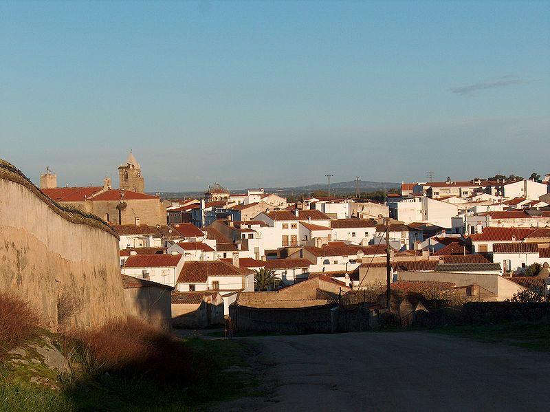 800px-Malpartida_de_Cáceres